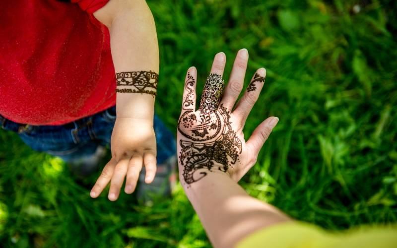 Los peligros de los tatuajes de henna