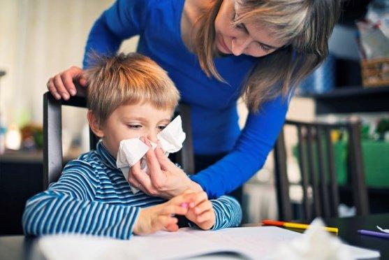 Niño con alergia