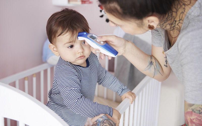 Fiebre en niños: cómo aliviarla y otros consejos